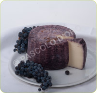 Fresh Sheep's Cheese with Nero d'Avola Wine